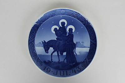 Royal Copenhagen Christmas Plate 1943 - The flight to Egypt