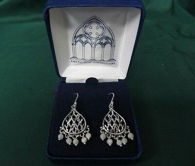 Earrings: Cathedral Window Pattern