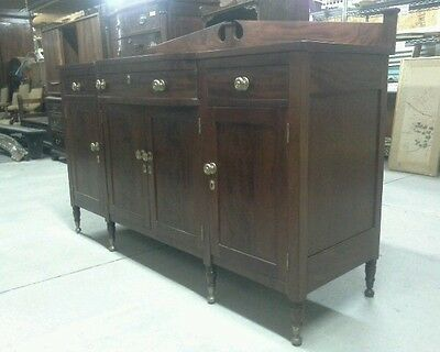 "54542 ANTIQUE 1810 FEDERAL 73"" PLAIN FLAME MAHOGANY SIDEBOARD W BROKEN ARCH BACK"