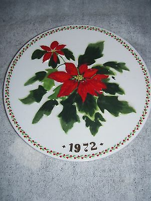 """vintage crown staffordshire collector plate poinsettia 1972 first edition 7 1/2"""""""