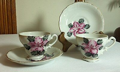 2 Hibiscus Footed Demitasse Cups & Saucers Scalloped Base Hand Painted Gold Trim