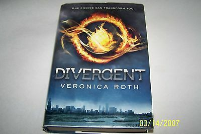 Divergent, Veronica Roth, 1st edition, 1st printing, h/cover w/dust jacket, 2012