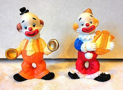 TWO 5 INCH DECORATIVE CLOWNS FIGURINES VERY NICE CLOWNS TAKE A L@@@K