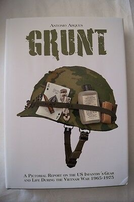 WW2 US Vietnam Grunt Pictorial Reporton US Infantry Gear & Life Reference Book