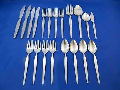 20 pcs Oneida Community SATINIQUE OLDER Stainless Flatware