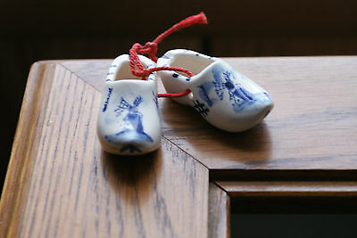 Old Vintage Hand Painted Delft Blue Holland Mini Small Shoes Clogs Windmills
