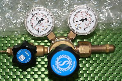 Scott Specialty Ultra High-Purity Single-Stage Brass Pressure Gas Regulator