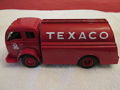 NEW, 1949 Texaco Tilt Cab Tanker, Die Cast Metal Collectible