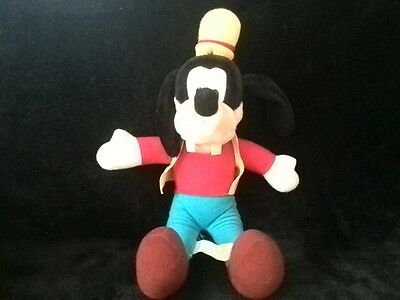 Collectable Disney Goofy - 15 inch soft toy plush - Hasbro 1989 Good Condition