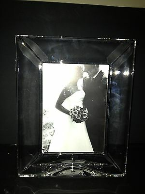 "Orrefors ""FOCUS"" Photo Frame  for  5X7  Photo   retail $150 *New*"