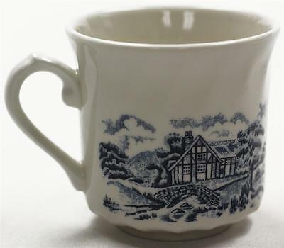 VINTAGE 1985 CHURCHILL BLUE WILLOW COFFEE TEE CUP MADE IN ENGLAND