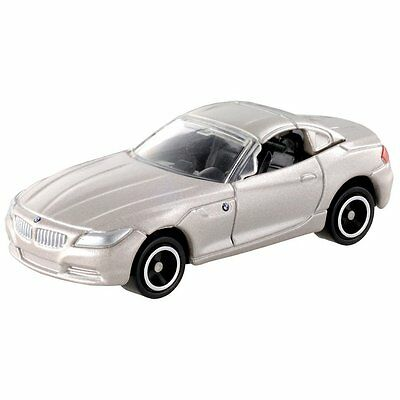NO.61 GOLD BMW Z4 COUPE SCALE 1/62 SPORTS CAR DIECAST TOMICA TAKARA TOMY CAR