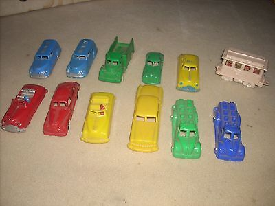 5- RENWALS AND SEVERAL OTHER PLASTIC TOYS, PLUS A METAL TOOTSIE TOY, OLD !!