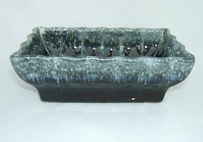 Hull Planter-Black-Vintage
