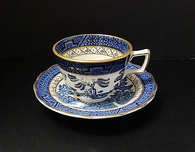 Real Old Willow Blue & White Teacup Saucer Gold Trim Booths England #A8025