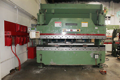 135 Ton x 10' Cincinnati Model 135CB x 8 CNC Hydraulic Press Brake, S/N 46165