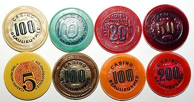 Lot 8 jetons casinos differents