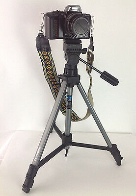 Nikon N4004s 35mm SLR Camera w/ Tokina 28-70 mm Lens Strap Tripod Manual