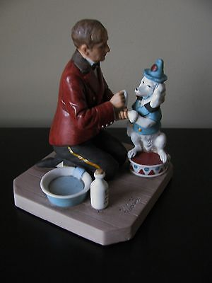 """Norman Rockwell Museum -  """"While The Audience Waits""""   Figurine"""