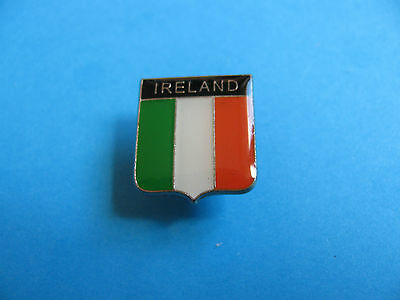 IRELAND Pin Badge. VGC. Unused. Enamel.