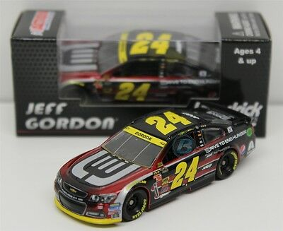 2014 Jeff Gordon #24 Chase Drive to End Hunger 1/64 Nascar Diecast Car