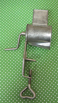Vintage Metal Kitchen Toy Sized Meat Grinder Works 5 Inches T34