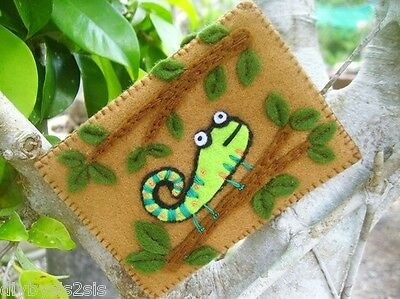 Orange Olive Iguana Card Holder