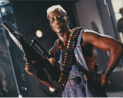 Wesley SNIPES SIGNED Autograph 10x8 Photo AFTAL COA BLADE Genuine Authentic RARE
