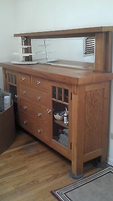 BEAUTIFUL solid oak antique sideboard/buffet mission style/arts & craft