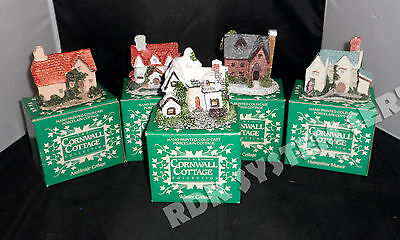 Lot 5 Cornwall Cottage 1987 Hand Painted Porcelain Ceramic Winter Cottage+