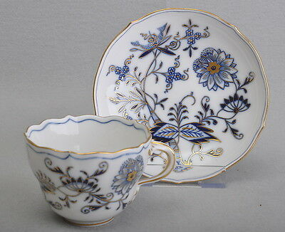 Meissen Coffee Cup & Saucer Onion Pattern With Gold Edge 1 Choice