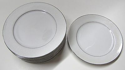 10 CROWN VICTORIA LOVELACE DINNER PLATES
