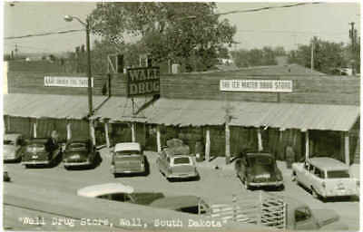 RP Postcard WALL, SD View of Wall Drug Store Mid-1950's