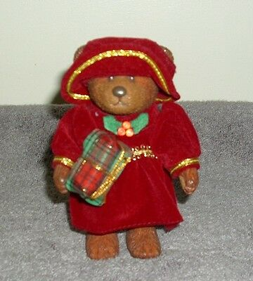 "RUSS BARRIE ""TEDDY TOWN"" BEAR: ""CHRISTMAS GIRL WITH PRESENT"""