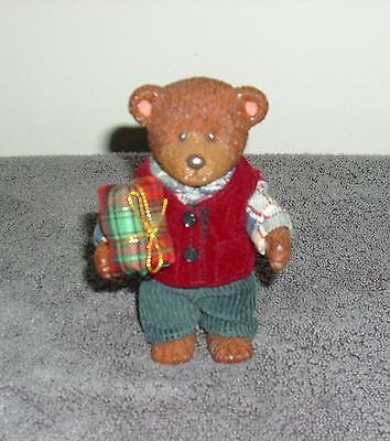 "RUSS BARRIE ""TEDDY TOWN"" BEAR: ""CHRISTMAS BOY WITH PRESENT"""