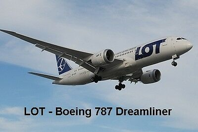 SOUVENIR FRIDGE MAGNET of a BOEING 787 DREAMLINER - LOT