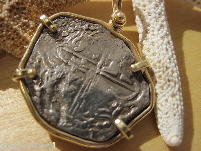 Very RARE Atocha 2 Reale Coin Assayer Q 14K Gold Bezel DOUBLESTRUCK OBV and REV