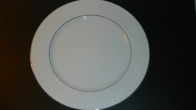 WILSHIRE HOUSE Fine China WHITE LACE Pattern Japan Large PLATTER Plate 12 Round