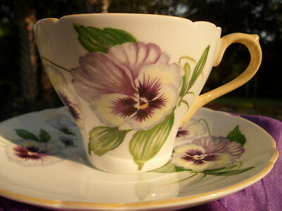 SHELLEY  PURPLE  PANSY    *  NEW CAMBRIDGE  SHAPE  *    CUP AND SAUCER   # 13823