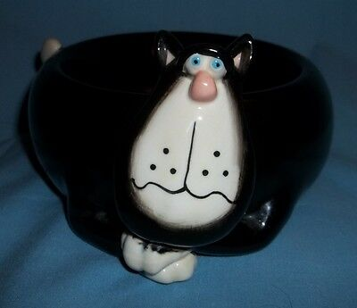 """BLACK CAT """" MEOW""""  SOAP DISH? CANDY DISH? YOU NAME IT DISH. SIGNED. AND CUTE."""