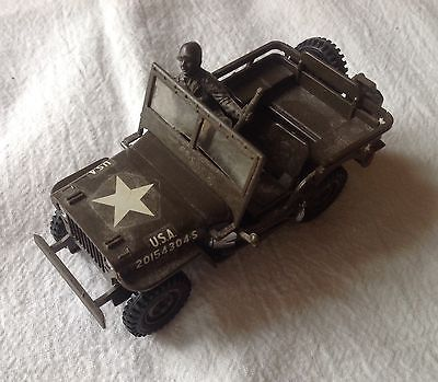 VINTAGE CIRCA 1960s WWII US Army Willys Jeep Kit FULLY ASSEMBLED W/DRIVER~GUARD