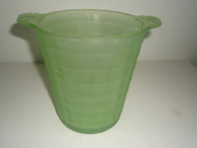 VINTAGE FRIGIDAIRE DEPRESSION GLASS GREEN ICERVER ICE BUCKET - PRE-OWNED