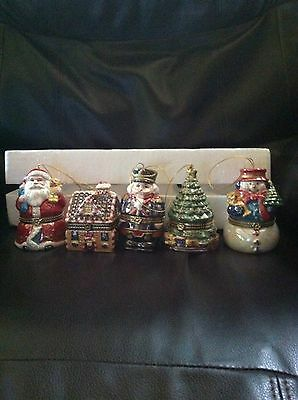 Mr. Christmas 5 Piece Porcelain Wind Up Musical Ornament Set with Gift Bags