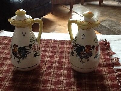 Ucago rooster and roses vinegar and oil  set