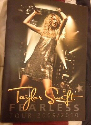 Taylor Swift 2009/10 Fearless Rare Tour Program Magazine Book