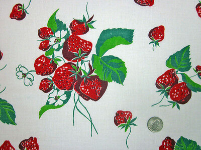 "Feedsack ""NOVELTY""  Vintage ""STRAWBERRIES"" 100% Cotton Quilt & Sewing Fabric"