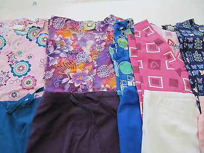 Womans Lot Of Scrub Sets, 5 Tops, 5 Pants, Very Nice    Size S (Box198)