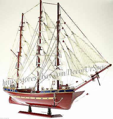 Wooden Sailboat 83cm- Constitution 1797 - Handcrafted Model Ship Decoration