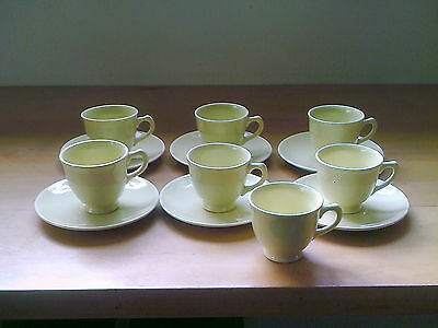 VINTAGE T.S.&T. LU-RAY PASTELS U.S.A.  YELLOW 7 DEMI  CUPS AND 6 SAUCERS DEMI
