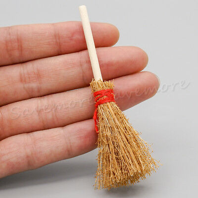 Wooden Broom Wicca Witch Kitchen Garden Miniature 1:12 Dollhouse Accessory Gift